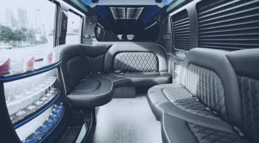 Prom and Homecoming Limo Rentals: 5 Tips For Teens and Parents