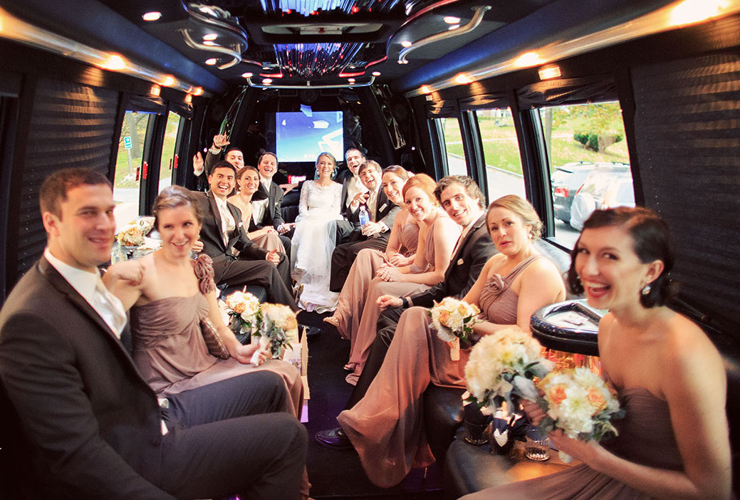 5 OUTSTANDING WEDDING TRANSPORT IDEAS FOR YOUR GUESTS